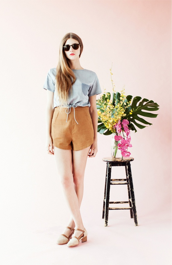 31_Hoist_Blouse_and_Leaf_Shorts