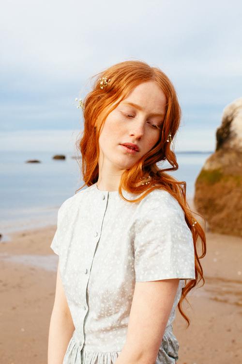 amber_byrne_mahoney_india_salvor_menuez_betty_magazine_summer_editorial_new_york_fashion_photography_polaroid_beach_wanderlust_dreamy_017