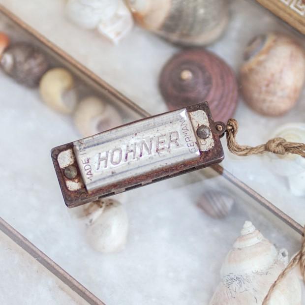 hohner-miniature-harmonica-1-1000x1000