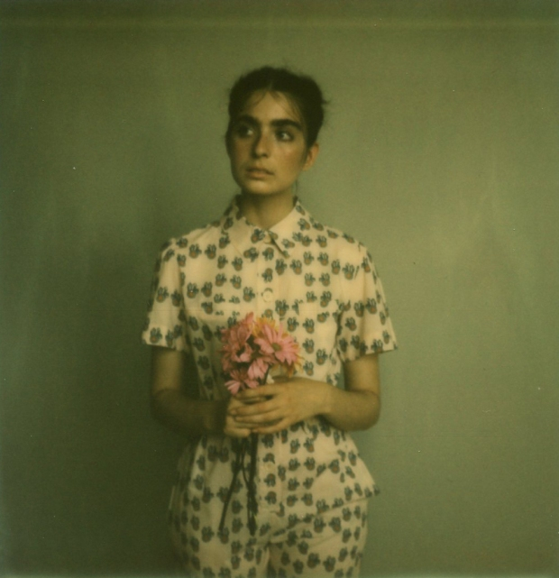 amber_byrne_mahoney_tara_violet_toujours_family_affairs_nina_egli_instant_film_polaroids_impossible_project_005