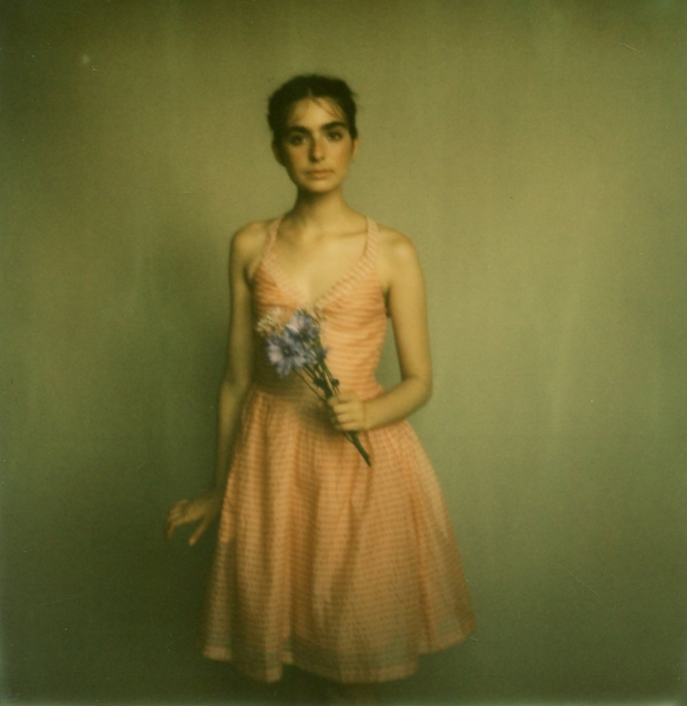 amber_byrne_mahoney_tara_violet_toujours_family_affairs_nina_egli_instant_film_polaroids_impossible_project_007