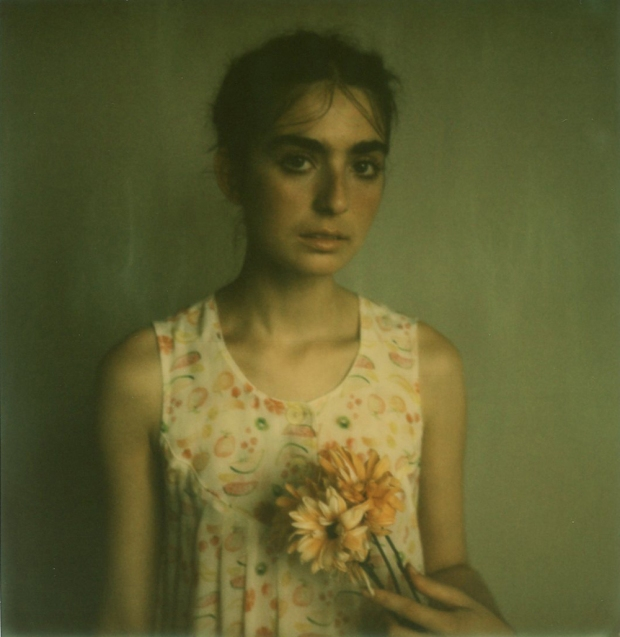 amber_byrne_mahoney_tara_violet_toujours_family_affairs_nina_egli_instant_film_polaroids_impossible_project_009
