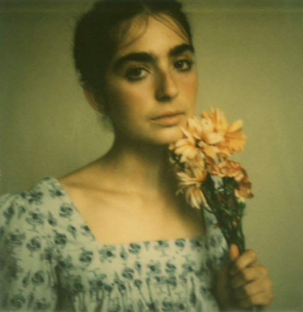 amber_byrne_mahoney_tara_violet_toujours_family_affairs_nina_egli_instant_film_polaroids_impossible_project_012