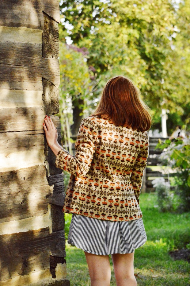 Larkspur Vintage | Outfit: Am I A Narcissist?