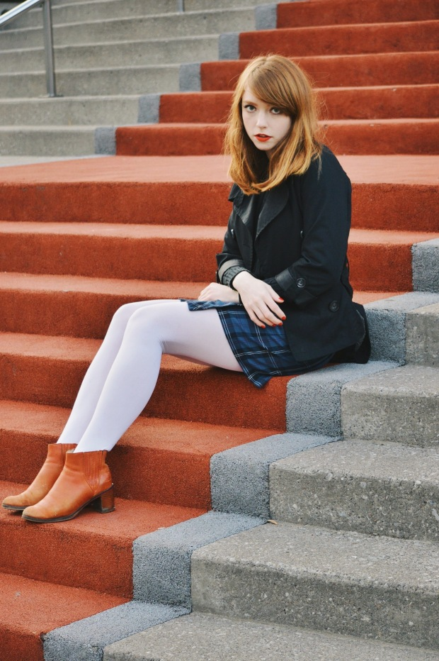 Larkspur Vintage | Outfit: Sweater Forever